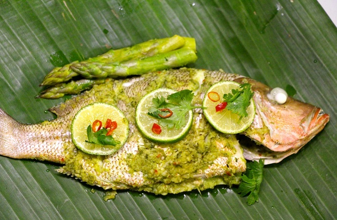 Banana Leaf – Wrapped Green Curry Fish