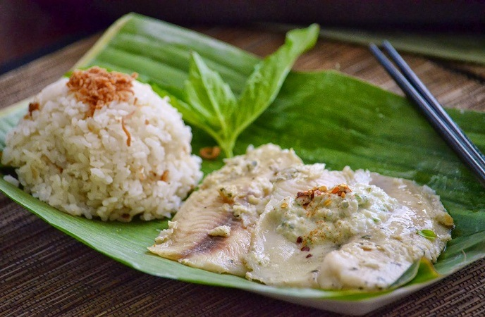 Best Healthy Fish Recipes – Banana Leaf – Wrapped Green Curry Fish