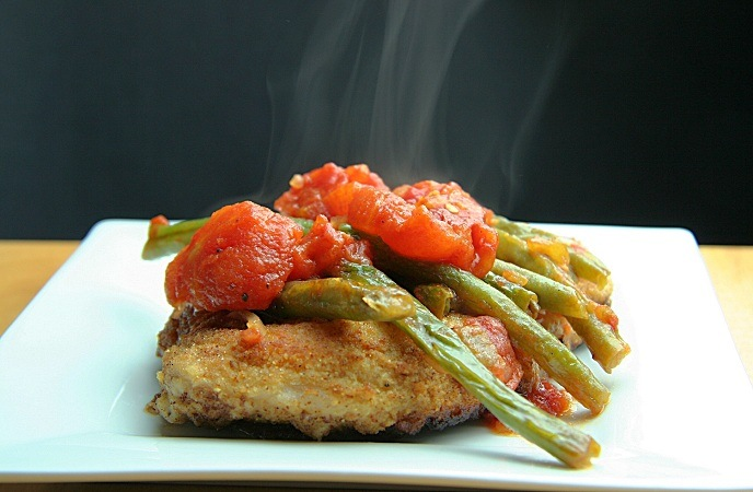 healthy-pork-recipes-pork-chops-with-stewed-tomatoes