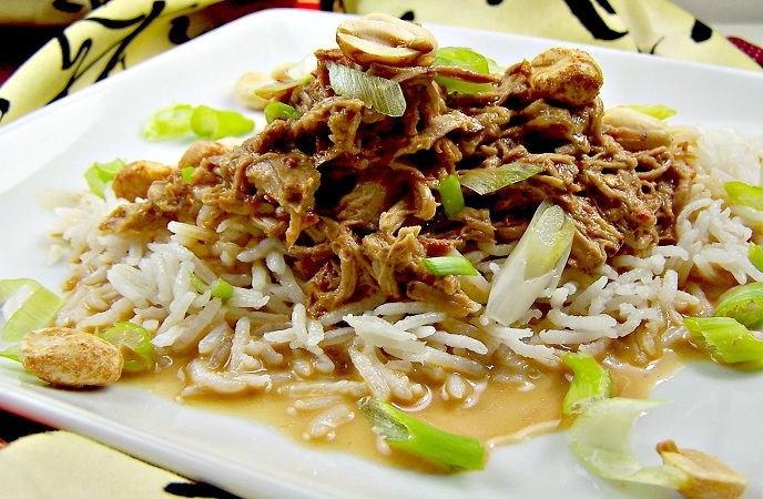 healthy-pork-recipes-thai-pork-with-peanut-sauce