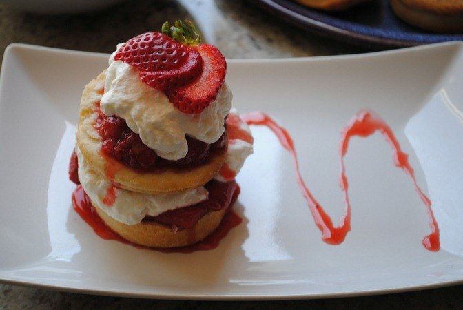 strawberry-dessert-recipes-buttermilk-strawberry-shortcake