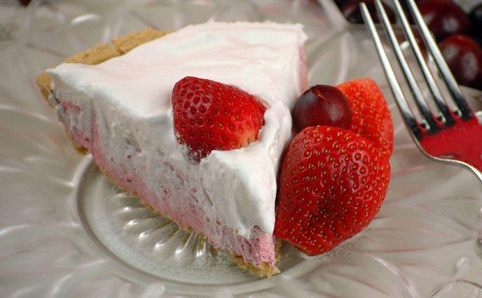 strawberry-dessert-recipes-strawberry-daiquiri-pie