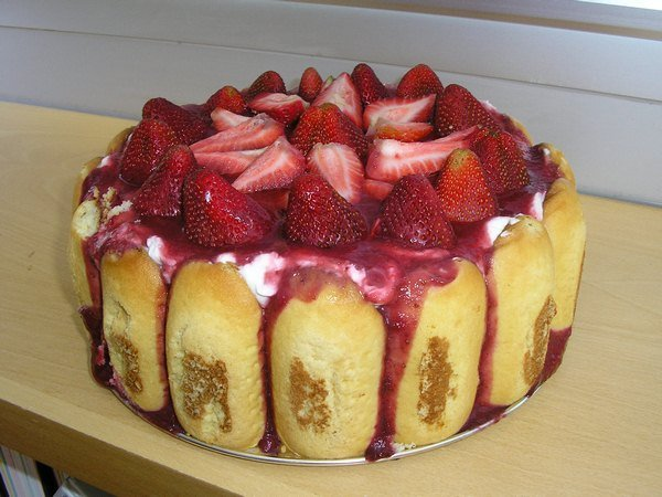 strawberry dessert recipes-strawberry torte